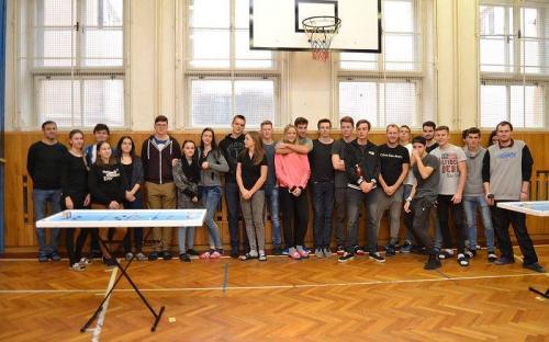 Účastnící 2. ročníku školního turnaje ve šprtci